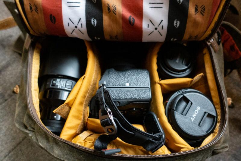カメラやレンズも多く収納