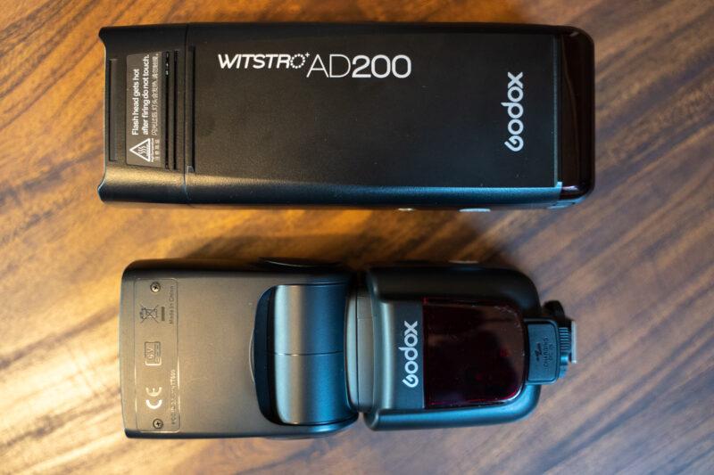 Godox AD200とTT600のサイズ比較