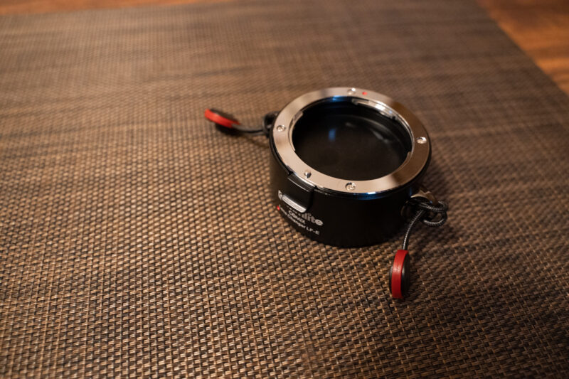 レンズホルダーにピークデザインのアンカーリンクスを装着