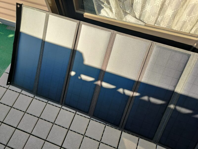 Hypowell 120Wソーラーパネルの影