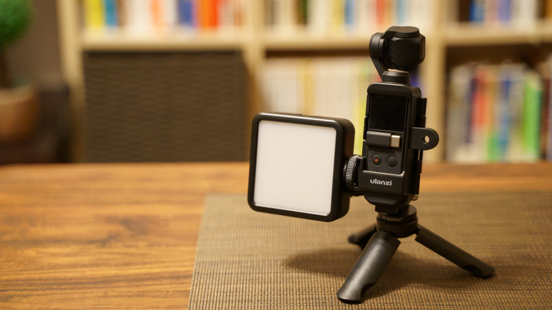 Ulanzi VL-81 LEDビデオライト OsmoPocket装着例