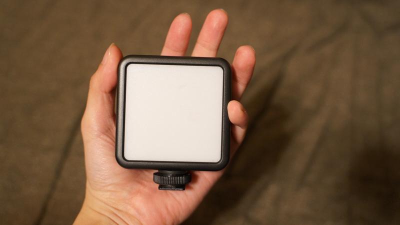 Ulanzi VL-81 LEDビデオライト ポケットサイズ