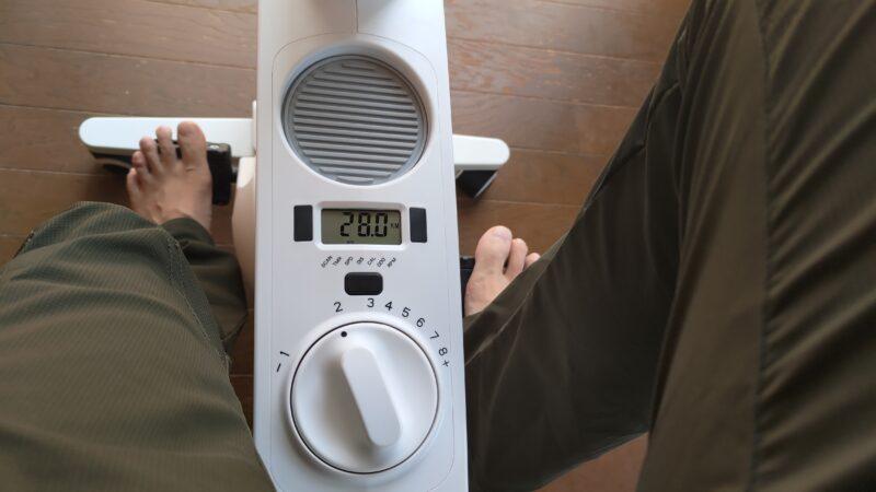 FLEXISPOT デスクバイクV9 表示モニター