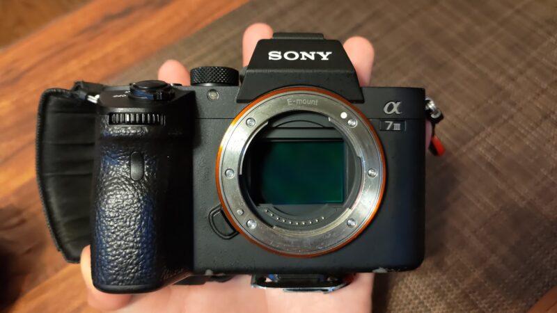 一眼レフカメラのイメージセンサーのクリーニングを自分でやる賢い方法 α7III