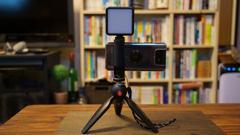 スマホ用カメラグリップ ShutterGrip2 コールドシュースロット&1/4ネジ穴