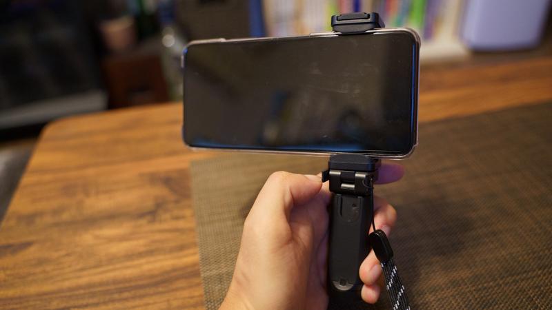 スマホ用カメラグリップ ShutterGrip2 可動式ハンドルグリップ