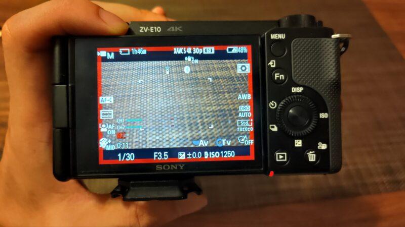 ZV-E10 赤い枠の表示